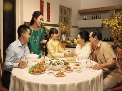 Mâm cỗ tất niên đang thay đổi dần trong các gia đình trẻ?