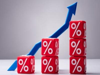 Cổ phiếu ngành chứng khoán bất ngờ tăng vọt, dòng tiền tiếp tục đổ vào thị trường